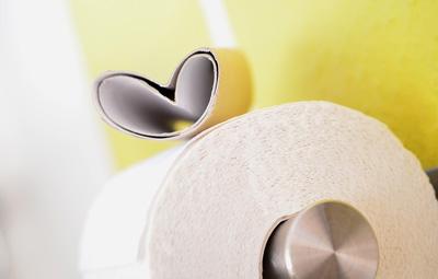 toilet_paper_heart
